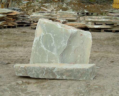 Yksilöllinen hautakivi